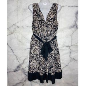 💕3/$50💕H&M Sleeveless Dress Beige Black with Tie